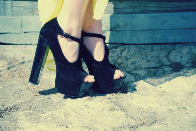 Czarne buty platforma