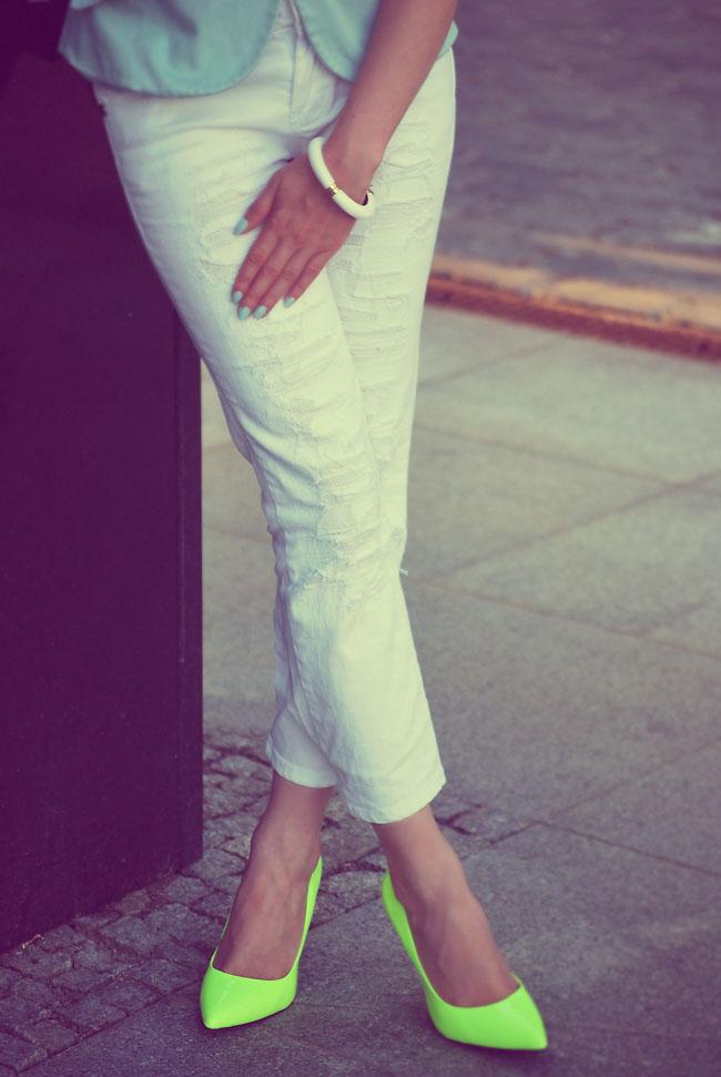 Spodnie rurki białe