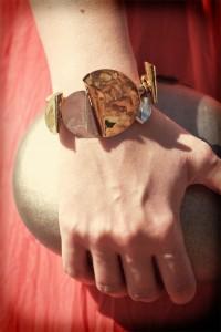 Złota bransoletka elegancka