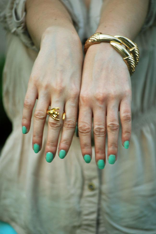 `Złoty pierścionek kotek