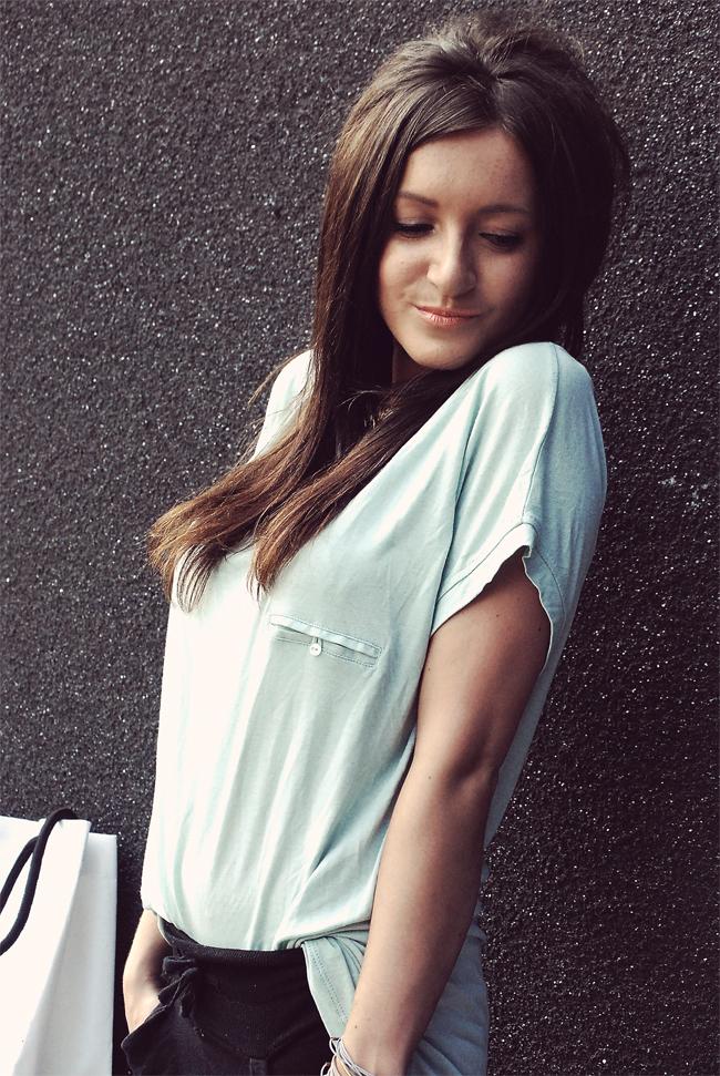 Miętowa bluzka