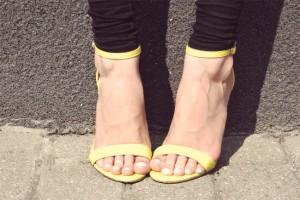 Żółte szpilki żółte sandałki