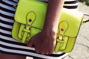 Żółta torebka neonowa