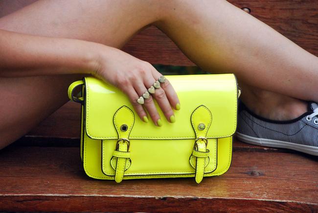 Neonowa żółta torebka fluo Steve Madden