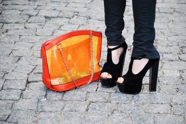 Czarne buty na platformie DEEZEE, transparentna torebka pomarańczowa