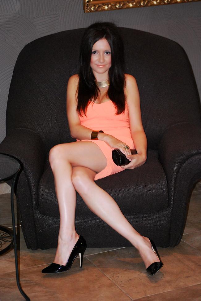 Brzoskwiniowa sukienka - MustHaveFashion.pl blog o modzie