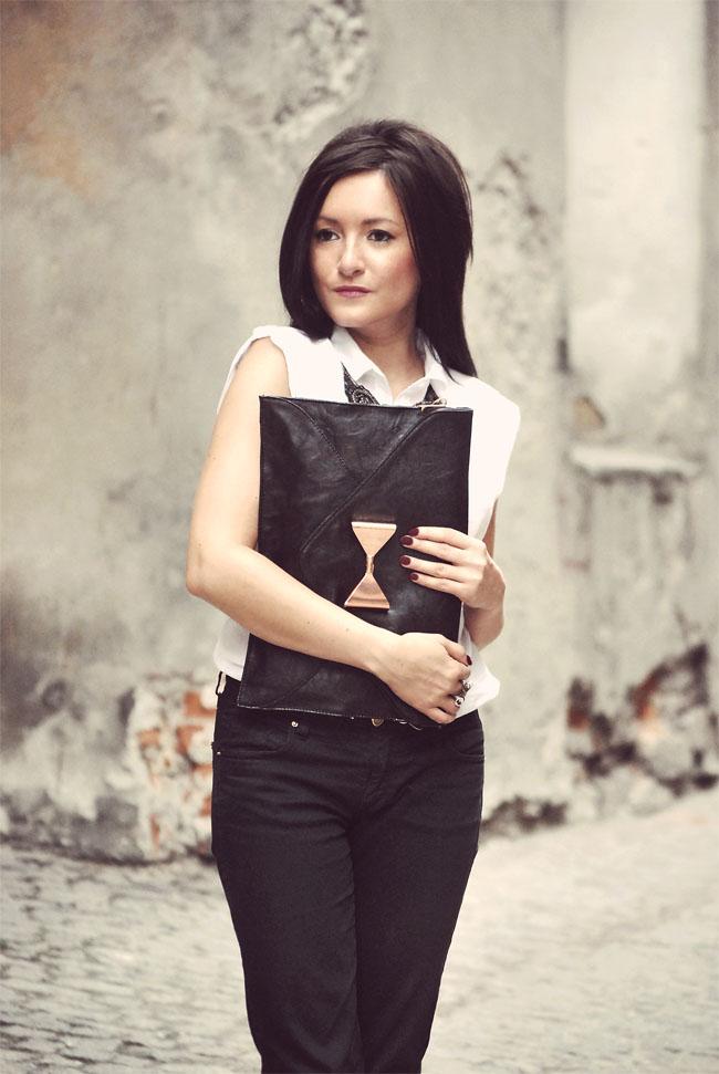 Czarno-biała elegancka stylizacja