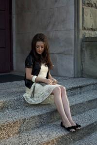 Sukienka z koronki kremowa biała ecru