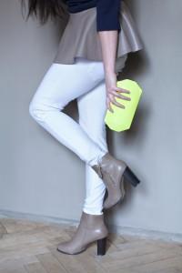 białe spodnie zara