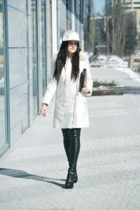 płaszcz biały H&M