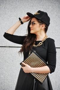 Sukienka czarna plisowana