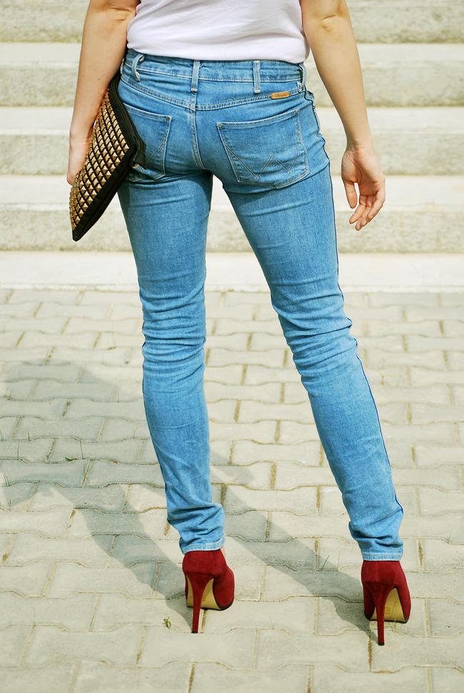 jeansy wrangler spa niebieskie