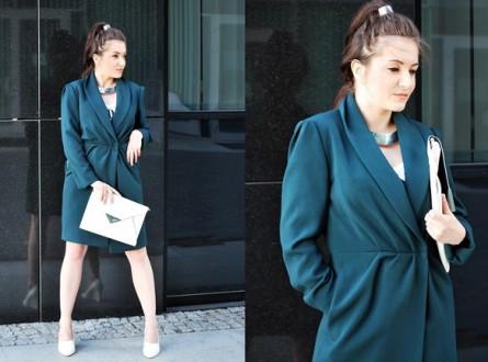 zielony płaszcz