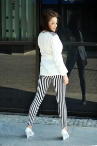 spodnie czarno białe paski