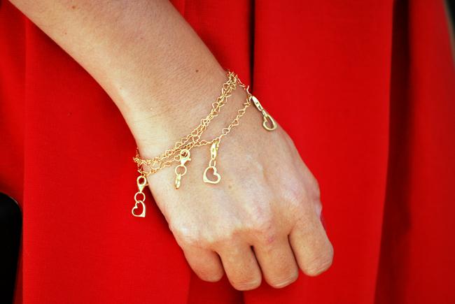 Bransoletka złota z serduszkami charmsy