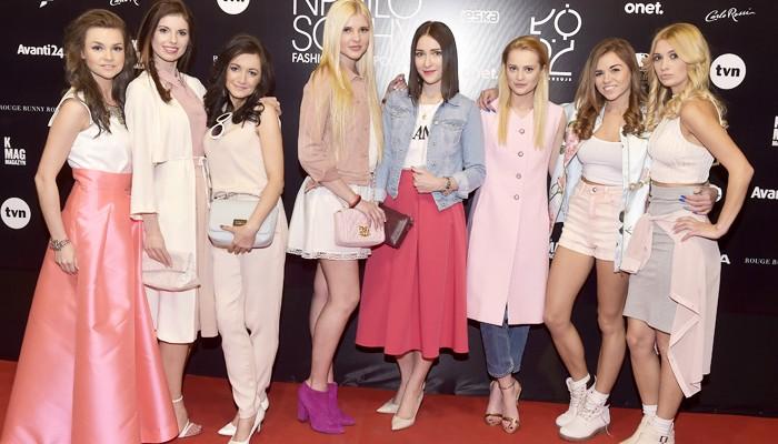 pokaz fashion week blogerki