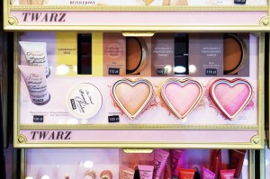 too faced roże do policzków