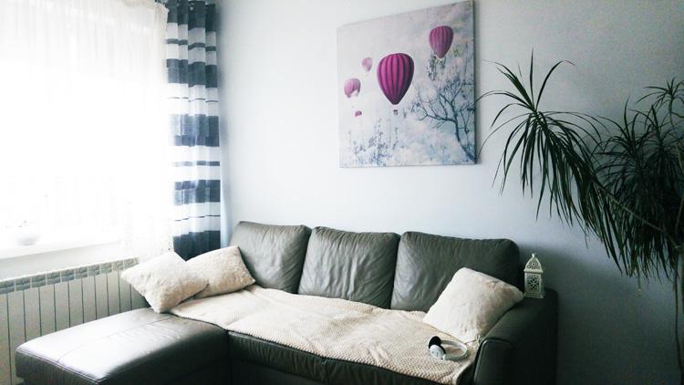 fioletowy obraz do salonu