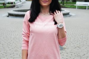 bluza sportowa różowa