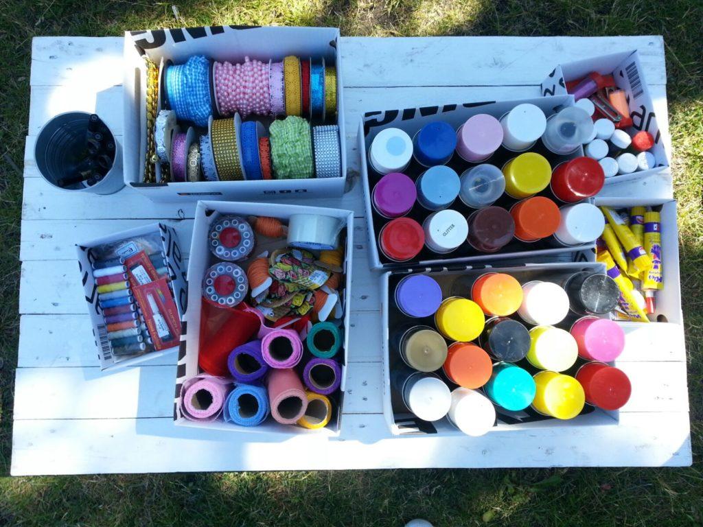 Dzień jogi malowanie toreb