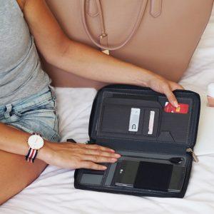 Hit! Skórzany portfel z power bankiem od Persona