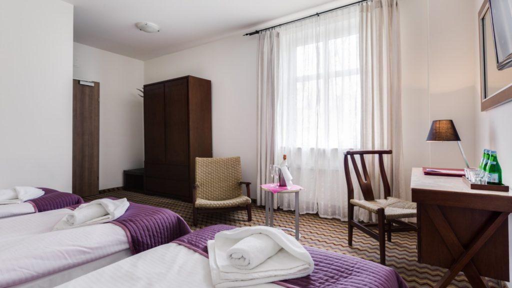szklarska-poreba-noclegi-hotel-sasanka