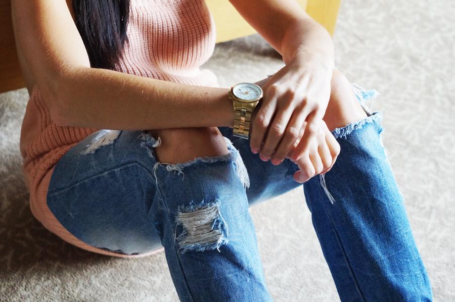 jeansowe spodnie porwane