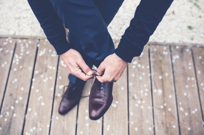 stylowo-ubrani-faceci