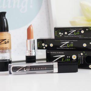Testuję: Zuii Organic, naturalny makijaż, który odżywia