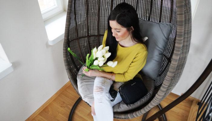 bluzka żółta stylizacja