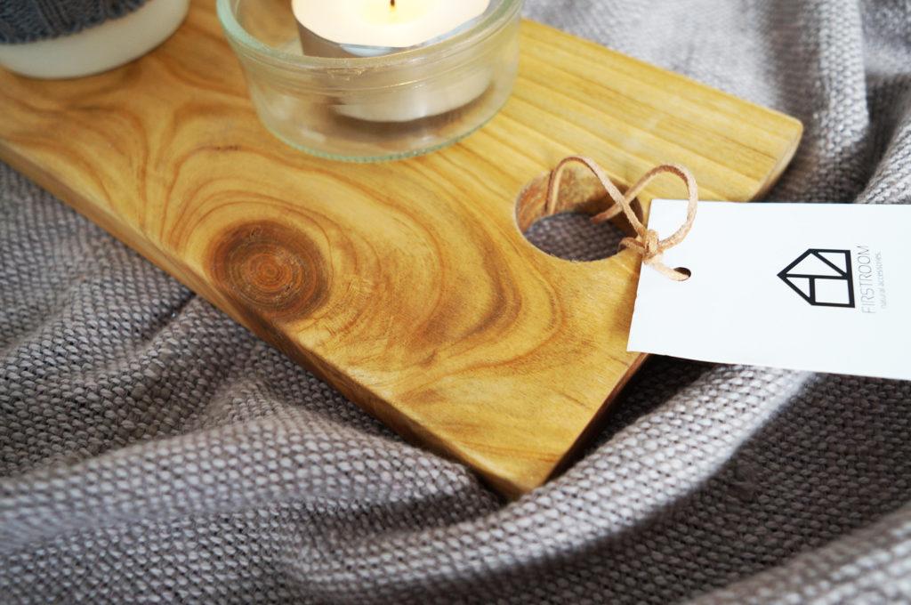 drewniana deska do serwowania