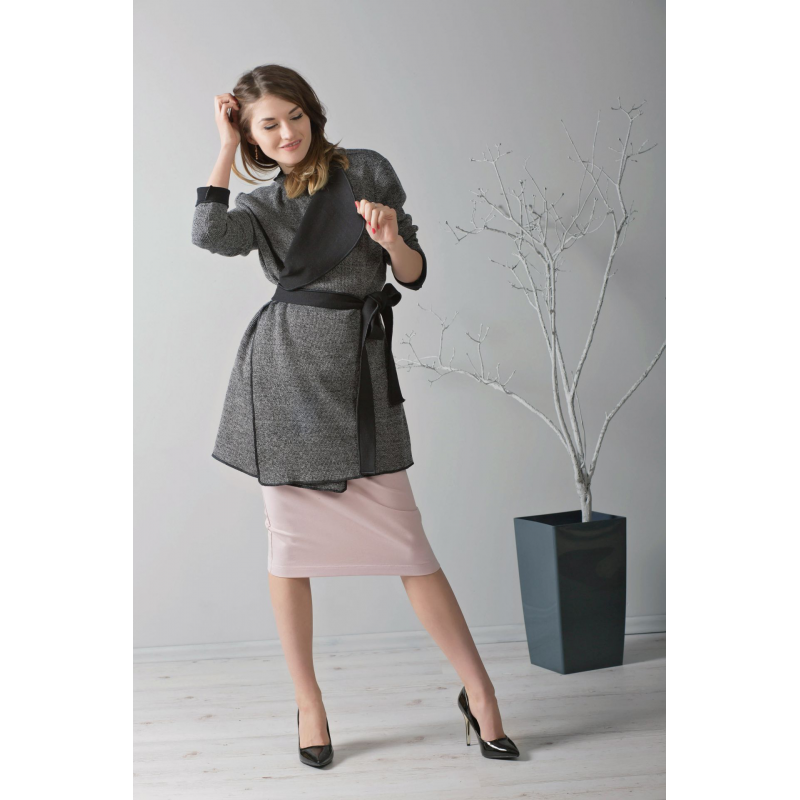elegancki-kardigan-z-czarna-bluzka-z-tiulem-i-olowkowa-spodnica
