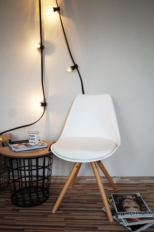 krzesło białe skandynawskie