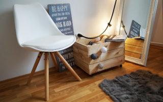 krzesło skandynawskie białe