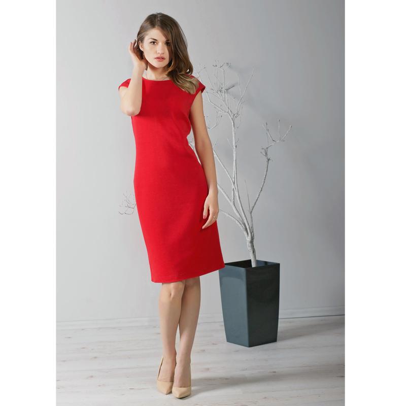 sliczna-sukienka-o-wyjatkowym-czerwonym-kolorze