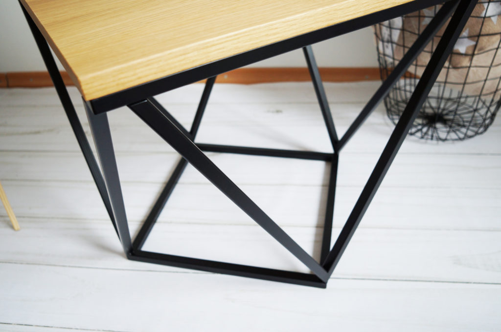 stolik metalowe nogi skandynawski