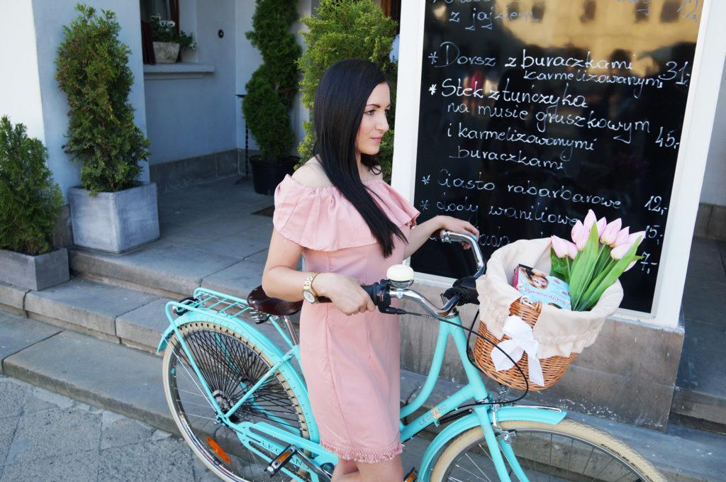 rower w kolorze miętowym