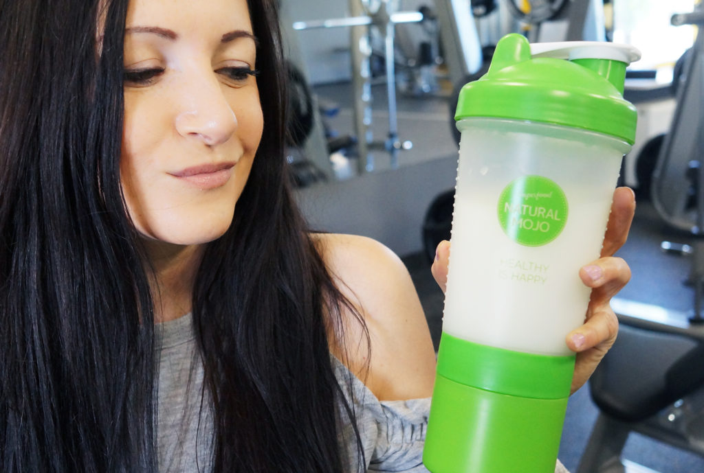 natural mojo shake białkowy