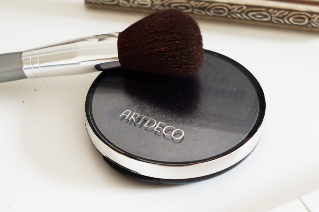 art deco puder