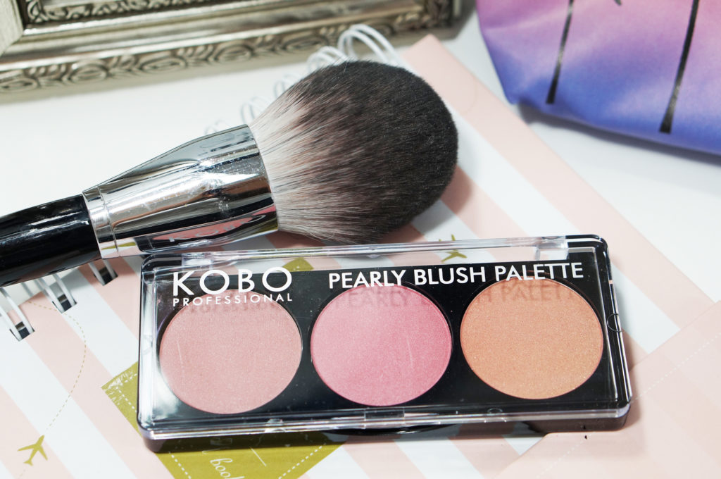 kobo pearly blush palette