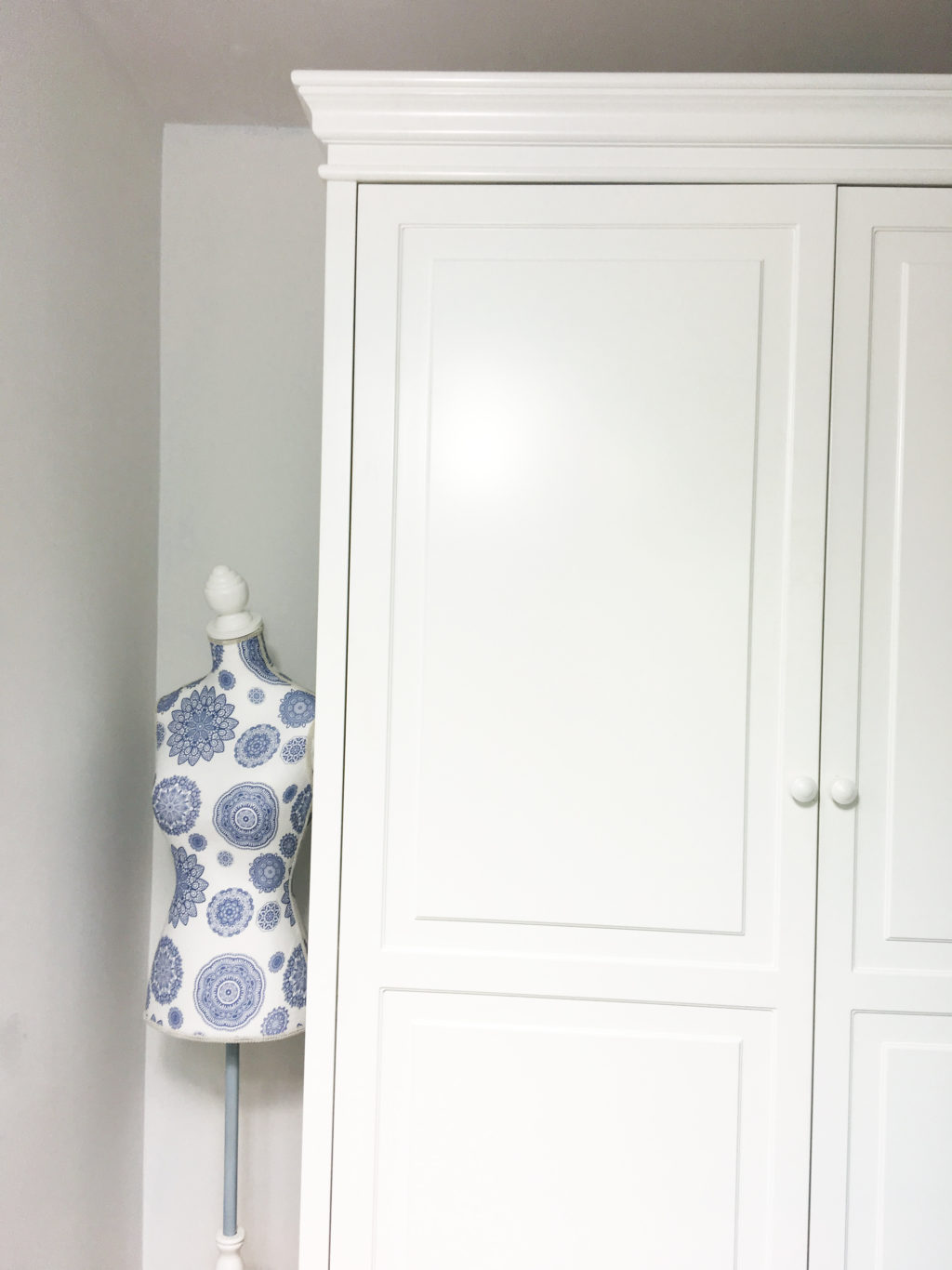 szafa biała duża