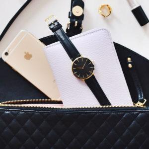 Pomysły na praktyczny prezent spośród skórzanych torebek i portfeli