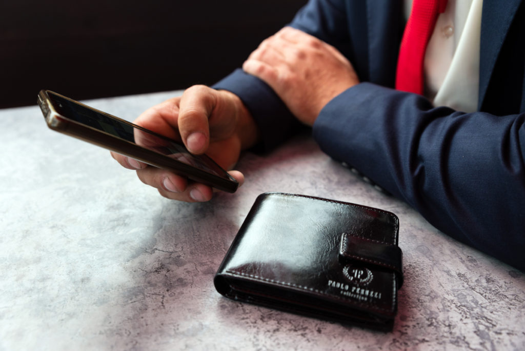 skórzany portfel na prezent