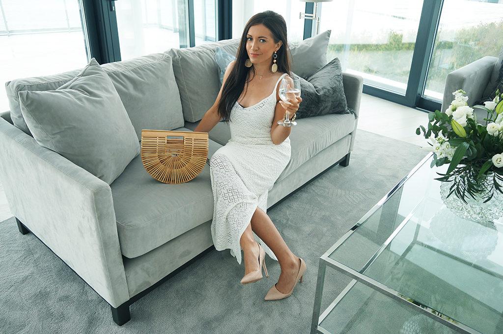 sukienka biała maxi