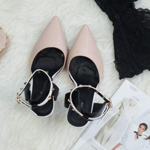 10 fasonów butów, które pasują do wakacyjnych stylizacji