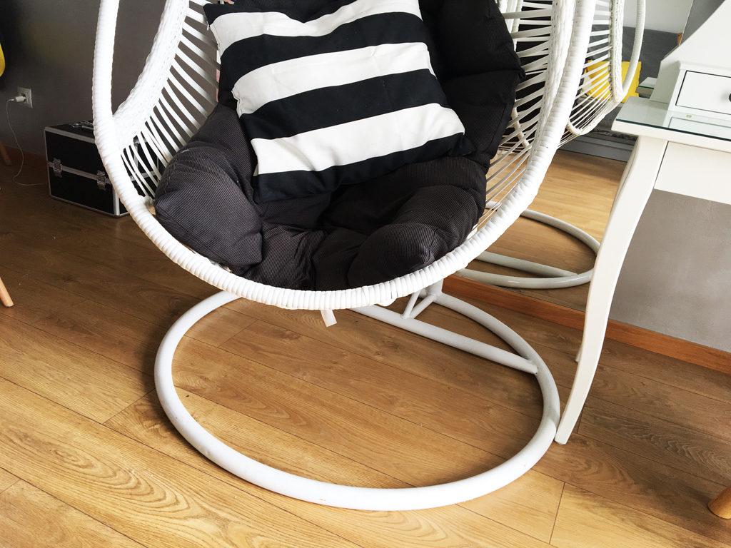 fotel bujany kokon