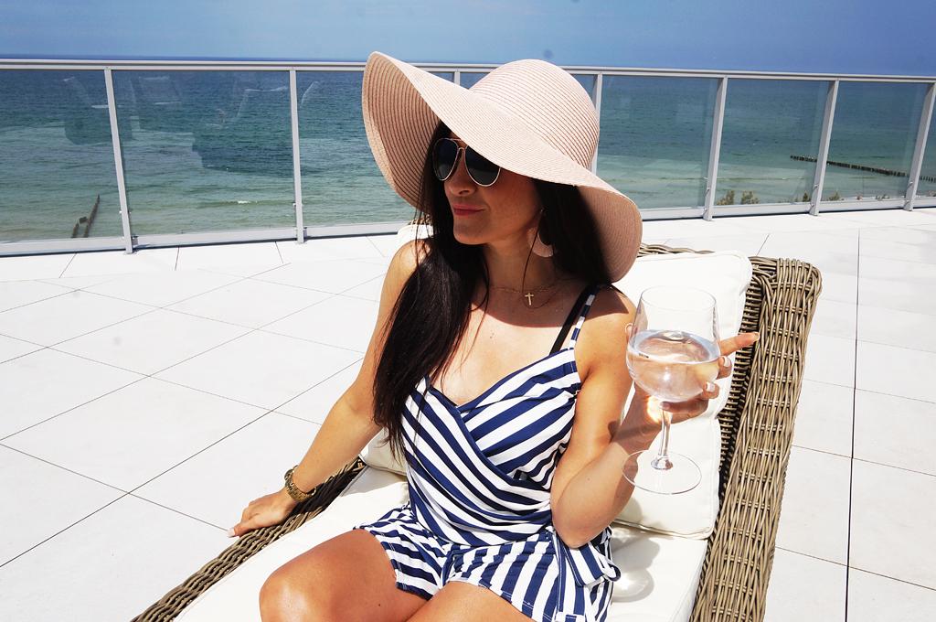 wakacje nad morzem hotel mielno