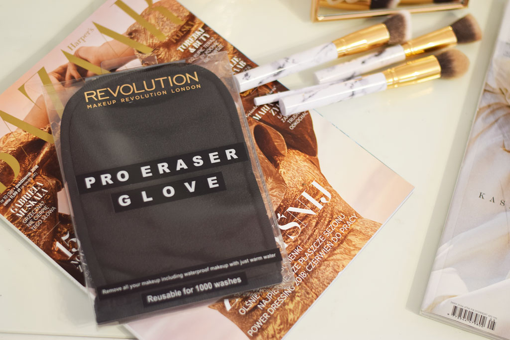 makeup revolution rękawica