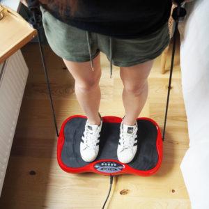 Platforma wibracyjna – pomysł na szybki i skuteczny trening w domu!