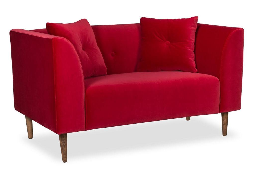 czerwona sofa skandynawska